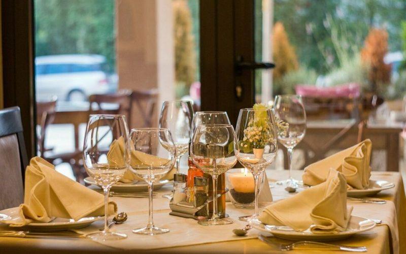 Modern eingerichtetes Restaurant in Berlin Reinickendorf - immo4gastro